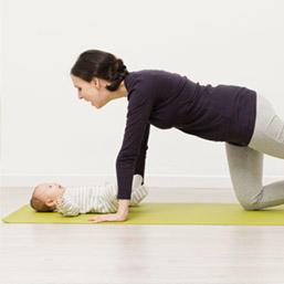 yoga para mamás con bebés