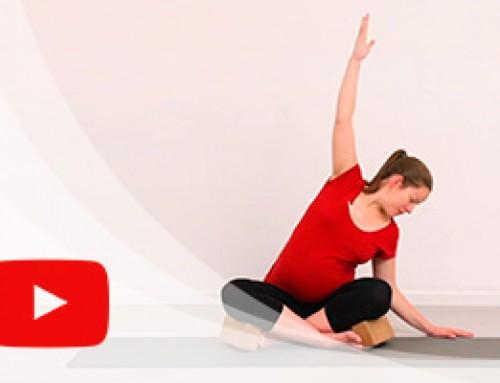Clase de yoga para embarazadas online, estiramientos y relajación